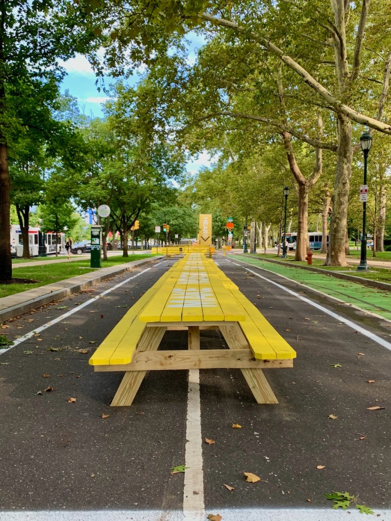 park bench picnic table