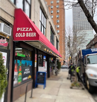 beer and pizza store